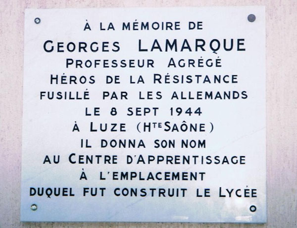 Plaque commémorative de M. LAMARQUE.